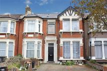 1 bed Flat for sale in Beaufort Gardens, ILFORD...
