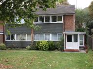 Flat to rent in Lonsdale Drive, ENFIELD...