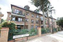 2 bedroom Ground Flat to rent in Crescent Road, Enfield...