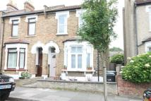 1 bedroom Apartment in Fotheringham Road...