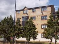 1 bedroom Flat in Linwood Crescent...