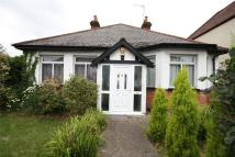 Bungalow to rent in Drapers Road, Enfield...
