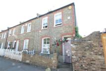 Cottage to rent in Holly Walk, Enfield