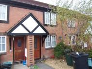 2 bedroom Terraced property to rent in 86 Swains Meadow...