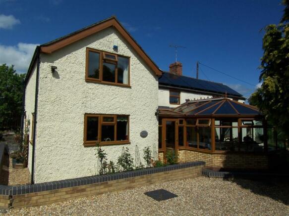 C6295 Dale Cottage.J