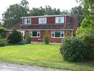 Detached house in Highfield, Old Coppice...