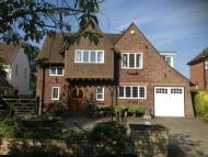 4 bedroom Detached house in Lancing, 10 Roman Road...