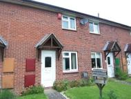 2 bedroom Terraced property in 33 Ladycroft Close...