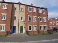 Town House to rent in 22 St Julians Crescent...