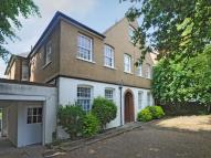 Flat in Woodside, Wimbledon