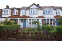 3 bedroom house to rent in Cannon Close, Raynes Park