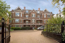 3 bed Flat in Powell House...