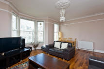 Flat for sale in Woodside, Wimbledon