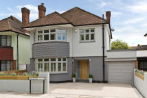4 bedroom house for sale in Woodside, Wimbledon