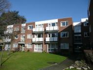 2 bed Flat to rent in Clifton Road, Wimbledon