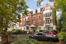 Flat for sale in Wimbledon Hill Road...