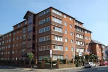 2 bed Flat in The Broadway, Wimbledon