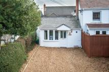 Semi-Detached Bungalow in Windmill Road, Mortimer...