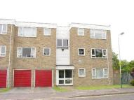 2 bedroom Flat in Hornchurch