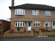 2 bedroom Ground Maisonette to rent in Gidea Park