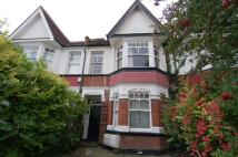 Flat to rent in South Park Road...