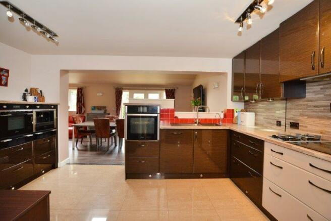 kitchen x 3.jpg