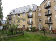 3 bedroom Flat in Town Centre