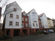 Colchester Town House to rent