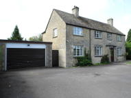 Detached property in Rylands Cheltenham Road...