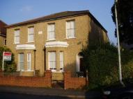 1 bedroom Flat to rent in Maidenhead Berkshire SL6