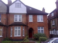 Apartment to rent in Highland Road, Bromley...