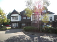 Flat to rent in Hillier Road, Guildford...