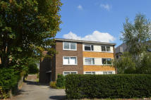 Flat to rent in BECKENHAM GROVE, Bromley...