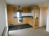 Flat to rent in MEDHURST DRIVE, Bromley...