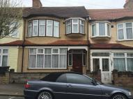 3 bed Terraced home in Addiscombe Court Road...