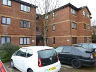 2 bed Apartment in Toby Court...