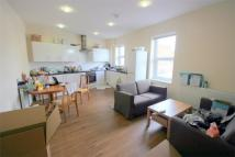 4 bedroom Flat to rent in East Street, Bedminster...