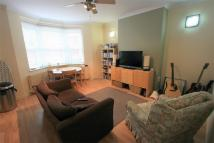 2 bed Flat to rent in Islington Road...