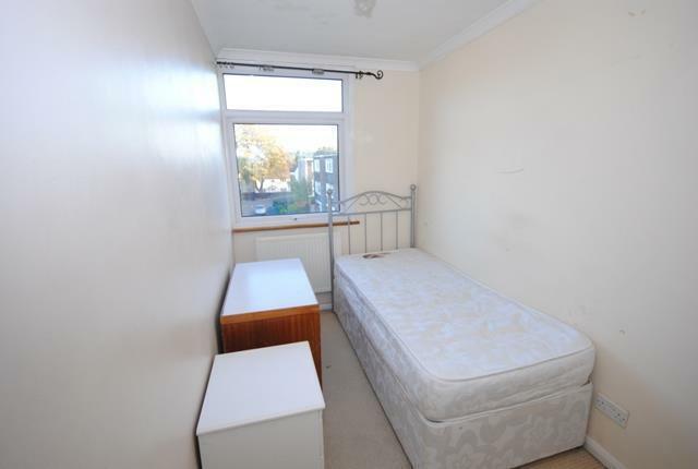 21 Sunninghill Court