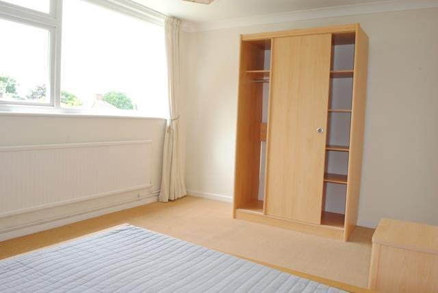 9 Dower Bed 2.jpg