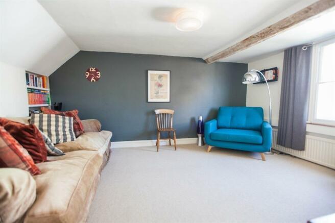 Living room 2016.jpg