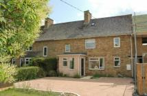 4 bed Terraced home in Shipton Road, Woodstock...