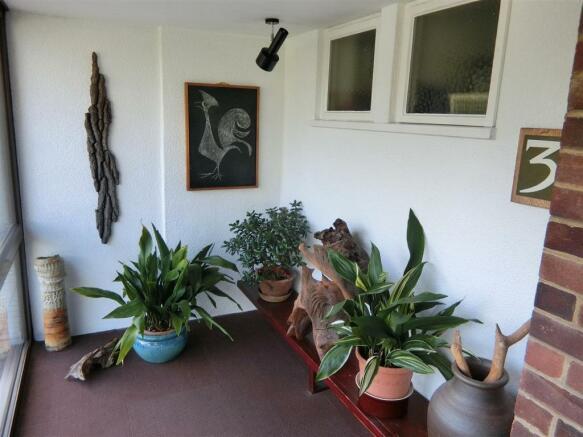 Feature Porch