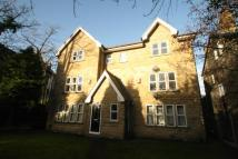 Flat to rent in SPRINGWOOD ROAD...