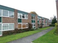 1 bed Flat to rent in GREENVIEW COURT...