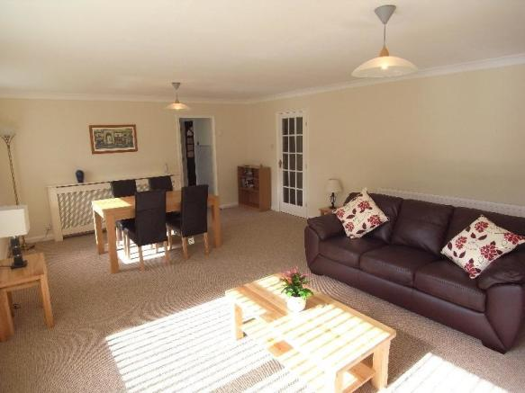 2 Bedroom Apartment To Rent In WEDGEWOOD COURT NORTH PARK