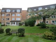1 bedroom Apartment to rent in Homeoaks House 30...