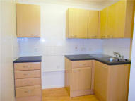 Apartment to rent in Havencroft Court North...
