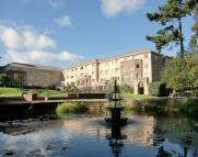 Apartment to rent in Bower House Manorside...