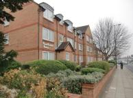 1 bed Apartment to rent in Homeheather House 128...